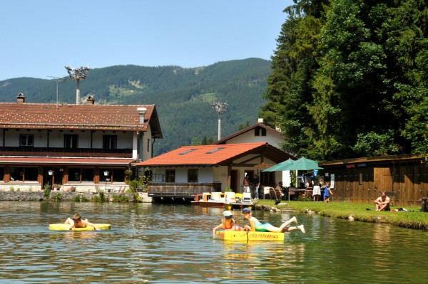 o_18203_inzell_sommer_zwingsee_wasser