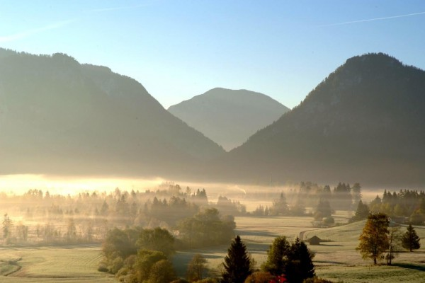 o_18205_inzell_sommer_ort_panorama_nebel_01
